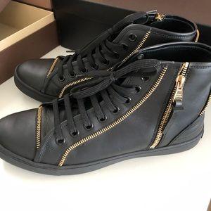Louis Vuitton Black Boots with Gold Zipper 39.5